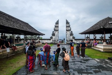 Journalists Prioritized For Vaccination As Second Vaccine Supply Arrives In Bali
