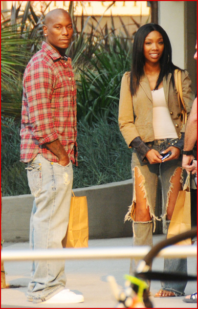 brandy-and-tyrese hanging out together