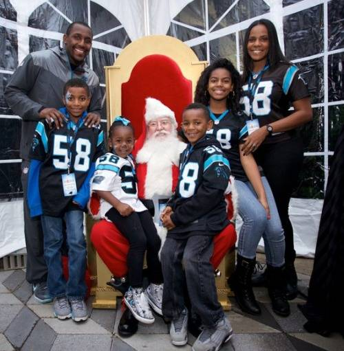 thomas-davis_thomas-davis-wife-kelly-davis-pics-family
