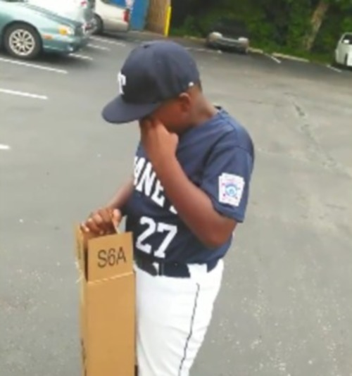 Dad_Surprises_His_Son_With_A_Gift_After_Pretending_To_Forget_His_Birthday-video