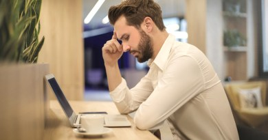 After 20 minutes, man begins to accept that Justin Bieber may never tweet back