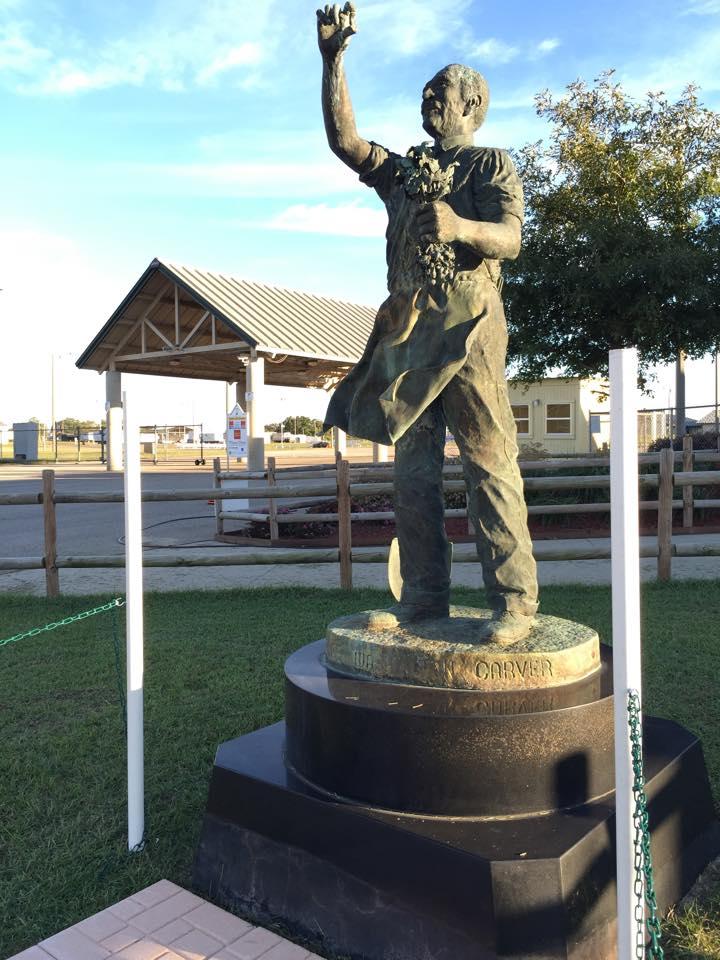 George Washington Carver Statue Holding A Peanut