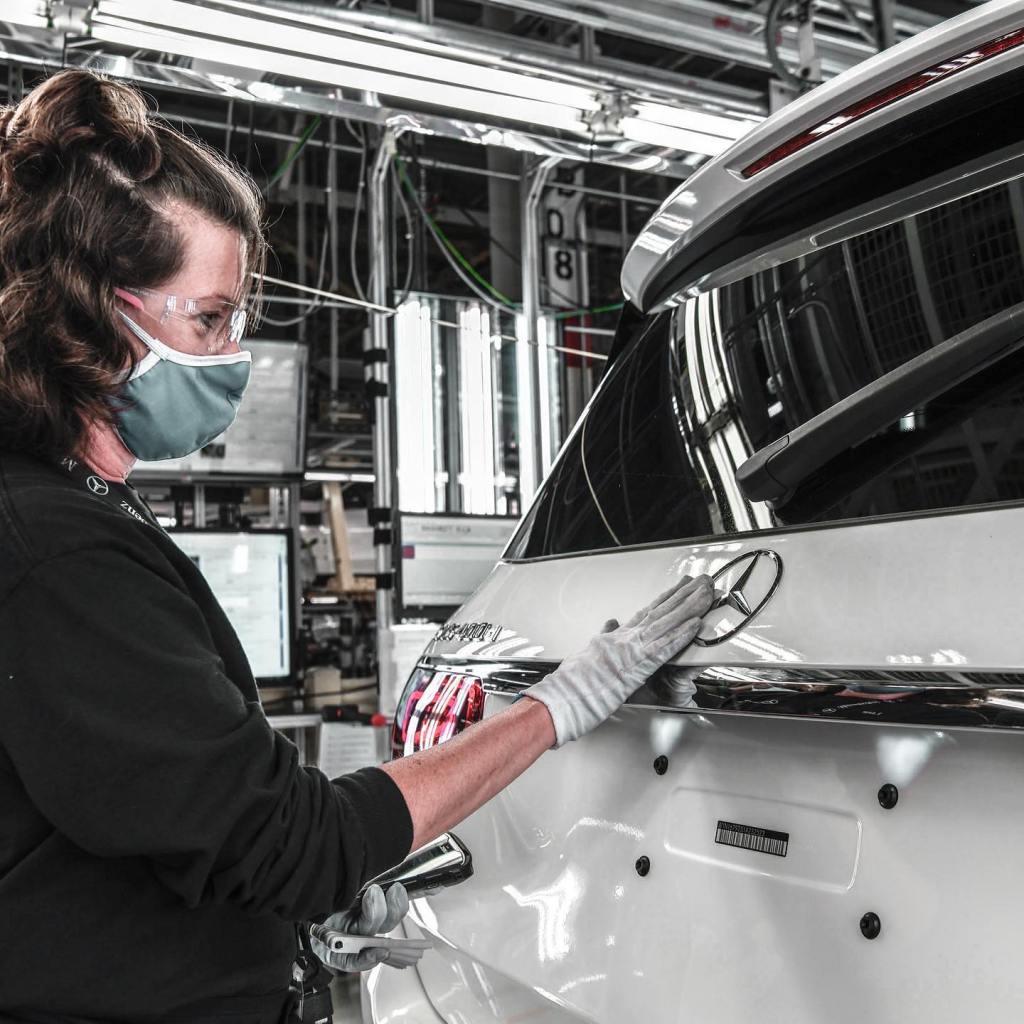 Working At Mercedes-Benz