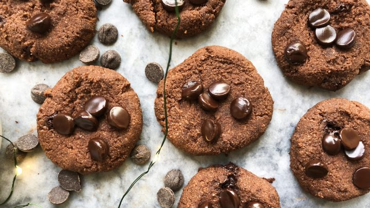Ooey gooey paleo Chocolate Peppermint Cookies that are crisp on the outside and soft on the inside. Full of chocolatey and peppermint flavor, these cookies are refined sugar free, dairy free, and gluten free, with a vegan option!