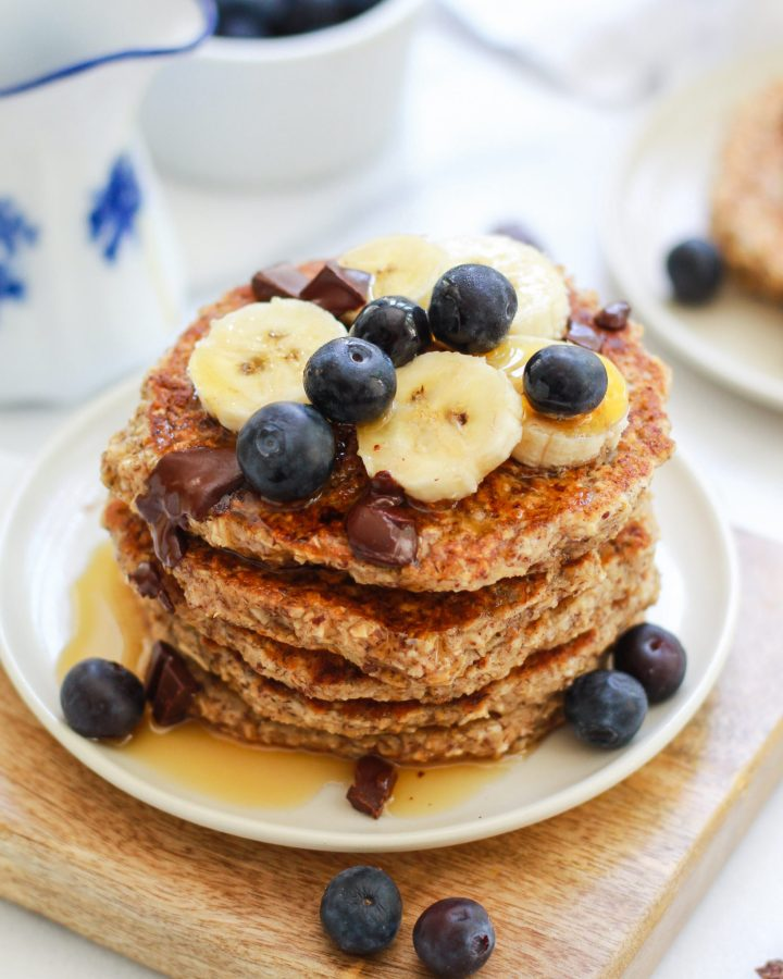 maple syrup over pancakes