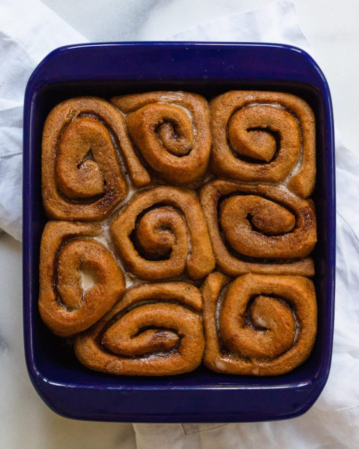 baked vegan cinnamon rolls without icing