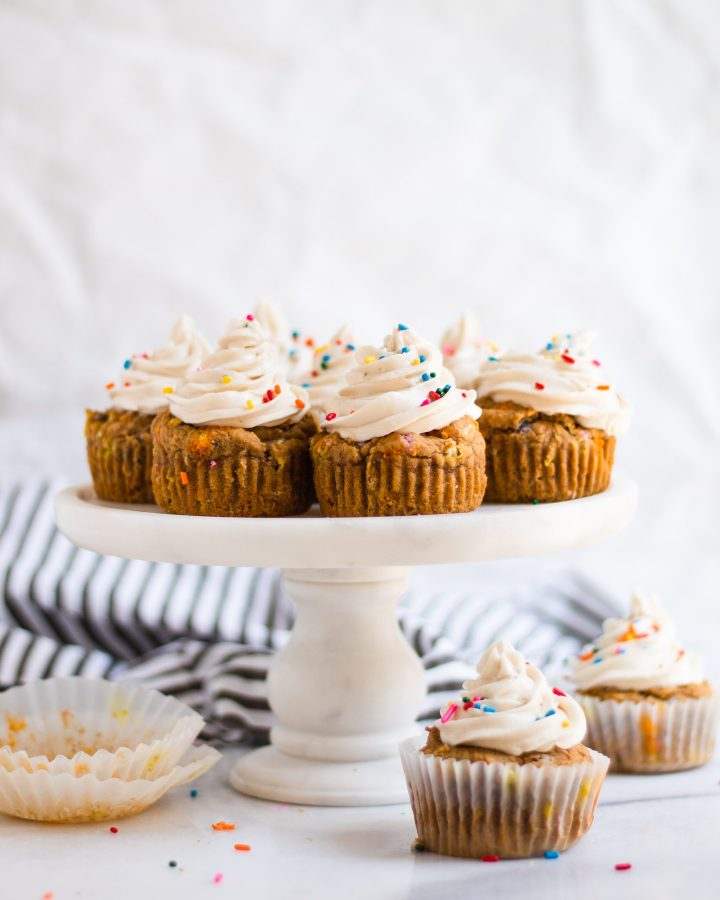tier of cupcakes