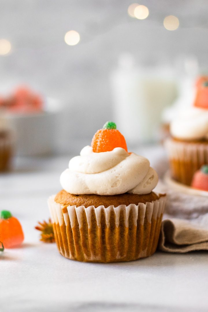 close up of pumpkin cream cheese frosting