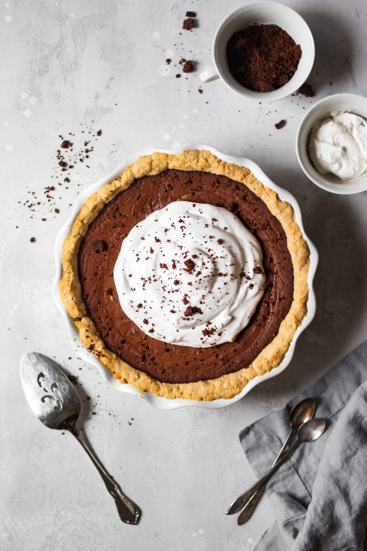 whole chocolate cream pie