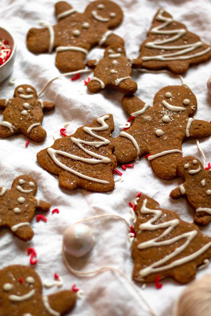 gingerbread cookies on cloth