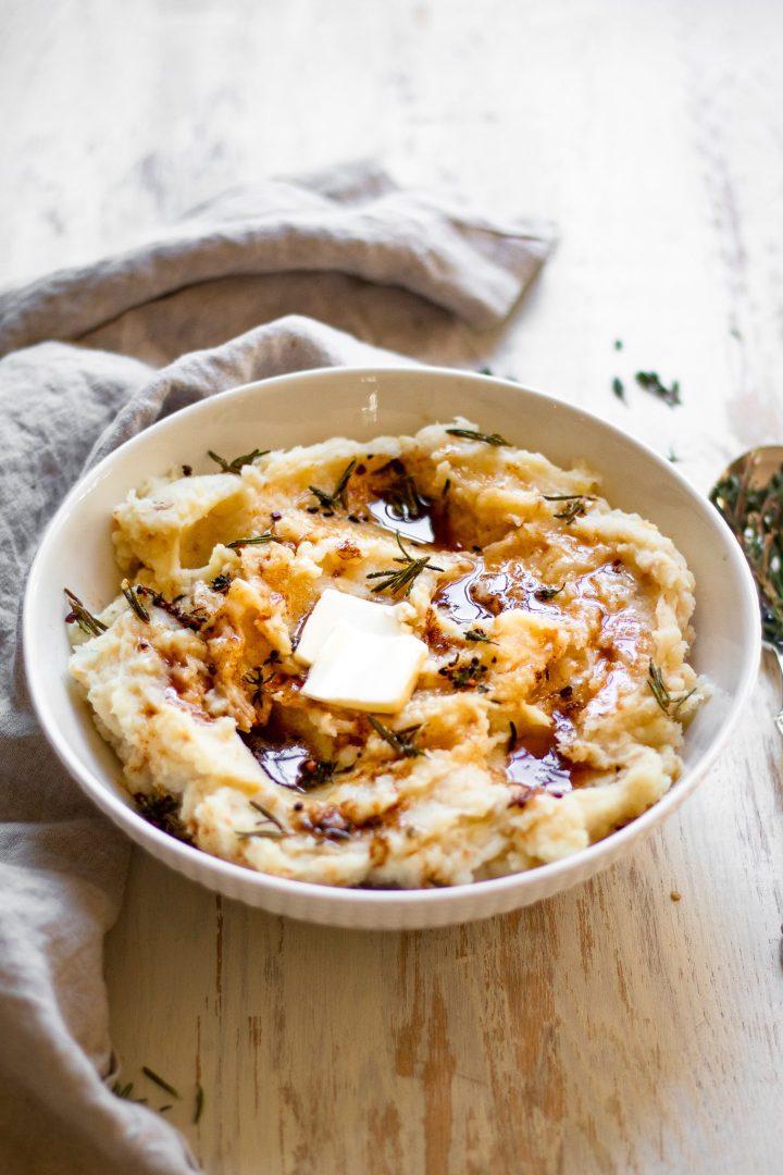 bowl of Paleo mashed potatoes