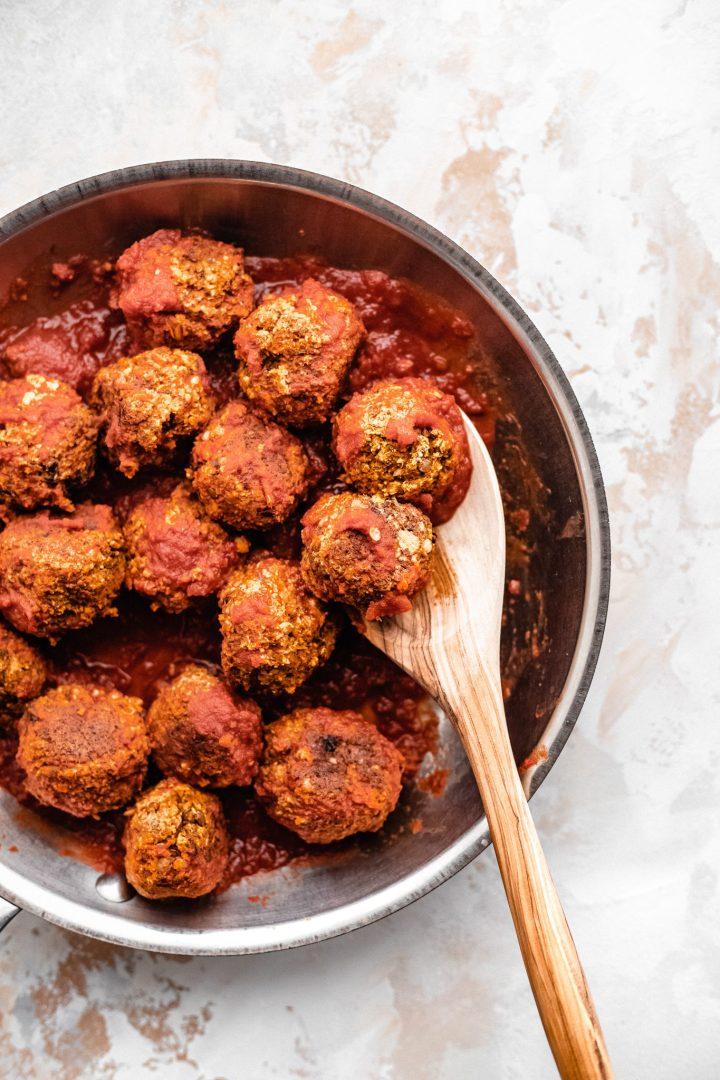 saucepan of lentil meatballs
