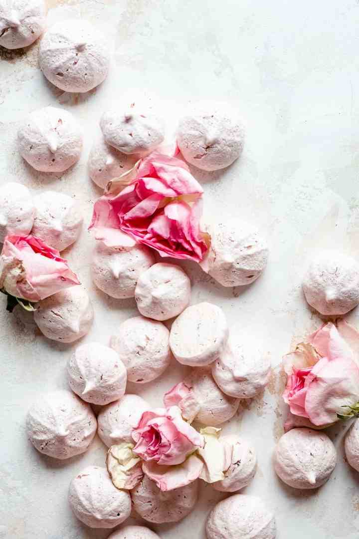 vegan meringue cookies with roses