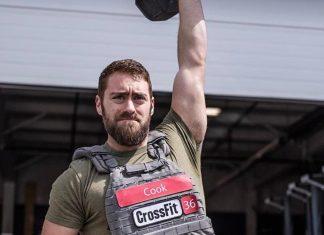 Jordan Cook preparing for the 2017 CrossFit Regionals - via Instagram @misfitmediaman