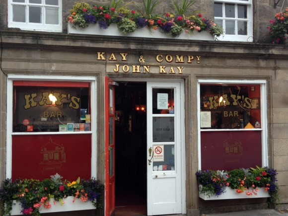 The pretty frontage of Kay's Bar in the New Town of Edinburgh