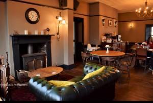 Inside The Barge Inn