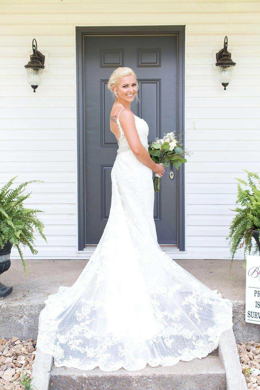 Springfield, MO barn wedding venue
