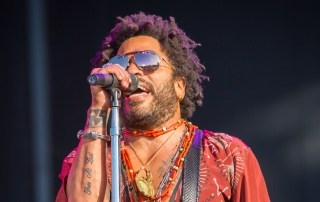 Lenny-Kravitz-at-BottleRock-5-27-16-by-Jon-Ching-28-slider