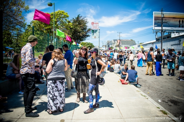 Crowds and Scene at Phono del Sol by Paige K Parsons-4932