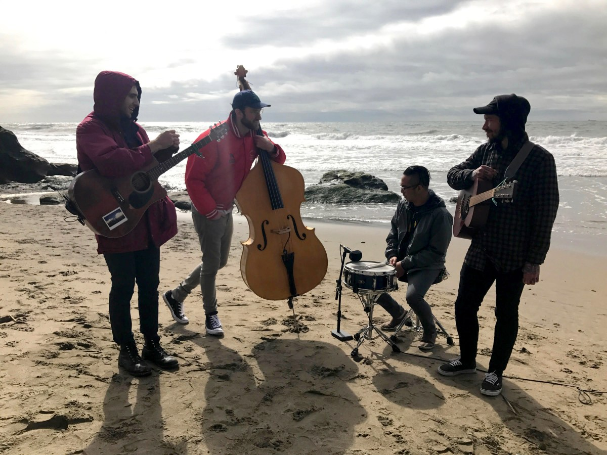 Owl Paws Live at Fort Funston Native SF