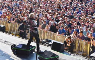 Billy Idol at Bottlerock 2018, by William Wayland