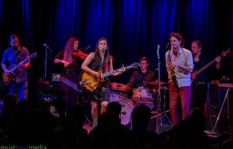 Review + Photos: Lauren Wahl and Simply Put debut new album at Kuumbwa Jazz