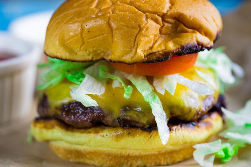 Big Green Egg Cheeseburger Throwdown - The BBQ Buddha