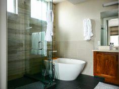 GrandView Bath