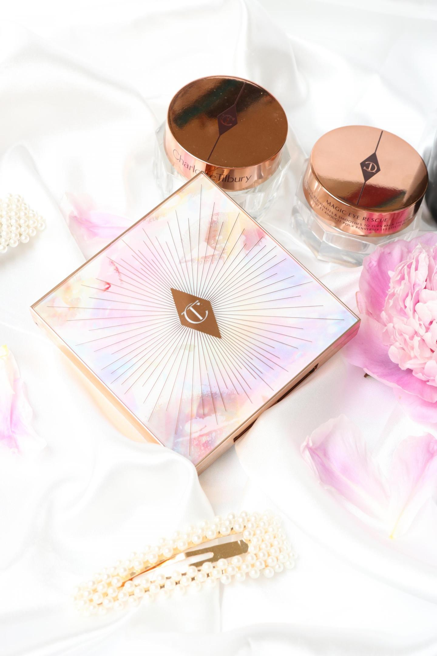 Charlotte Tilbury Glowgasm Face Palette close up