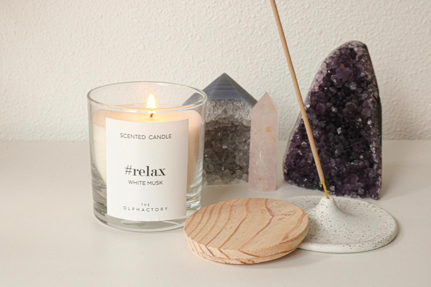 scented candle relax white musk