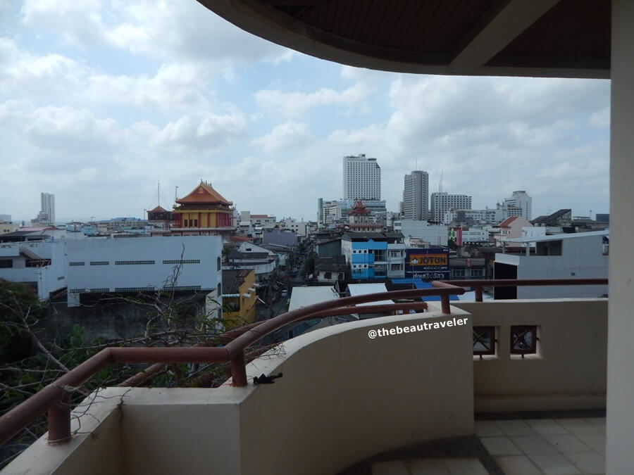 A spacious balcony at the deluxe room in SC Heritage Hotel Hat Yai.