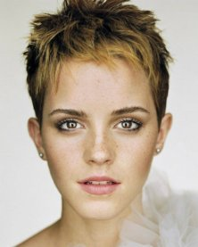 fierce-pixie-hairstyles-that-fit-for-any-girls-oval-faces