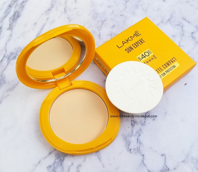 Lakme Sun Expert Ultra Matte Compact Packaging