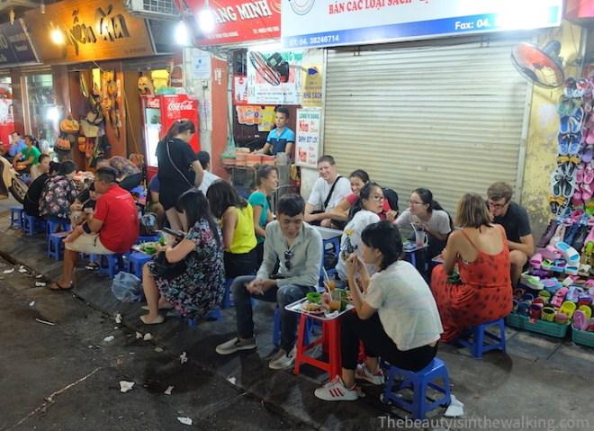 restaurant de rue 2 - Hanoi