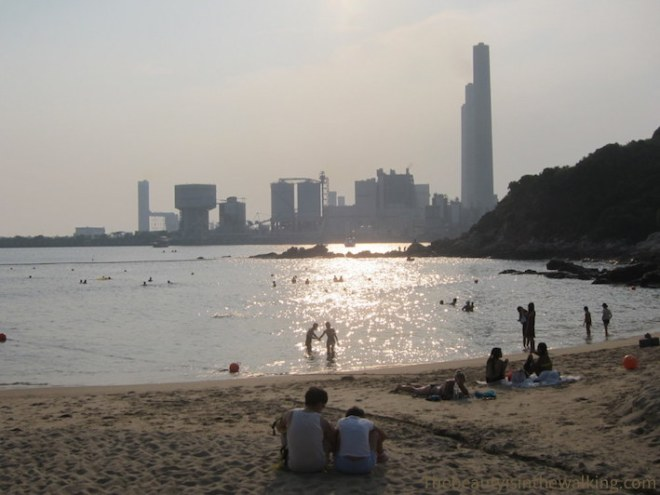 Hung Shing Ye Beach - Lamma island