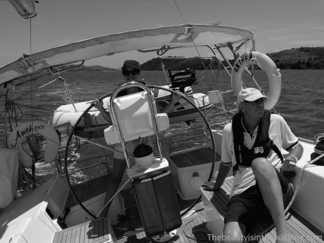 A la barre du voilier - Whitsunday Islands