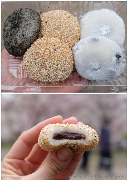 Mochis filled with red bean