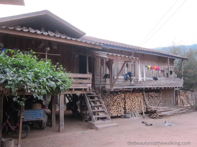 Maison d'un village Lanten, Laos