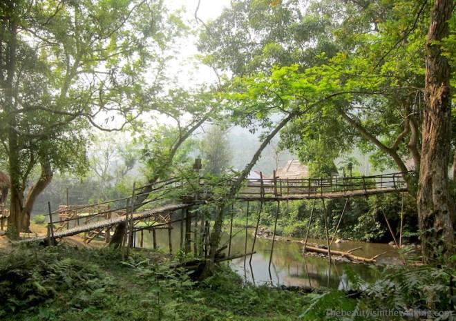 Pont de bois, Muang Ngoi, Laos