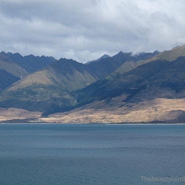 Hawea Lake, NZ (Theme: wild / sauvage)