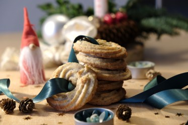 Vaniljekranse, Danish Christmas cookies
