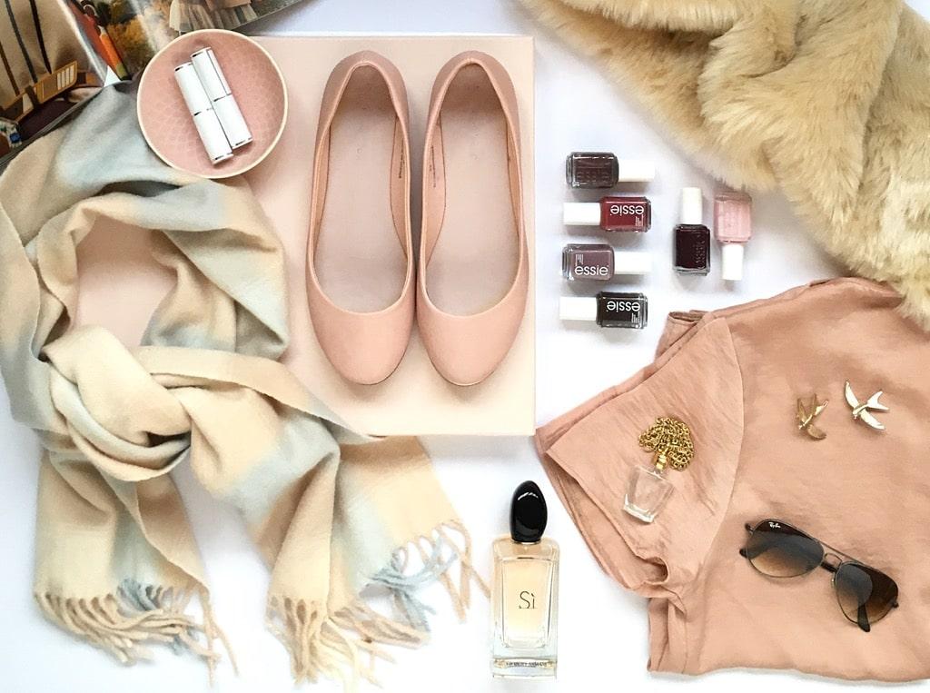 My style. Friday Favourites. clothing flatlay
