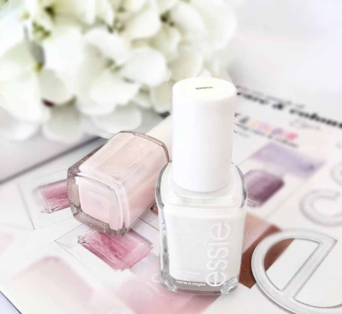 Essie treat love and colour plus blanc
