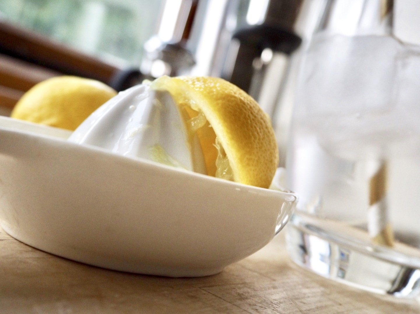 half a squeezed lemon. Tips for flawless skin