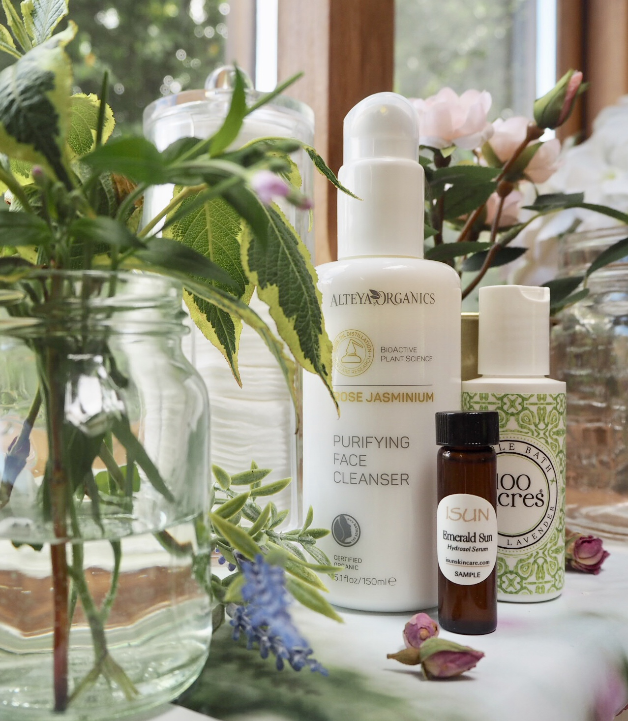 New beauty finds with That Natural Hygge