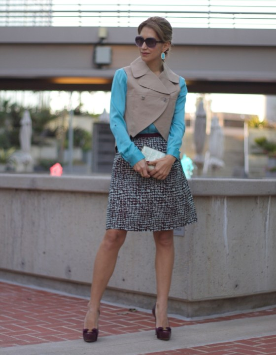 PLEATED SKIRT & CROPPED VEST