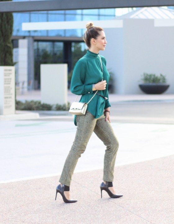 SEASON FAVORITES // FLOWING BLOUSE & METALLIC PANTS