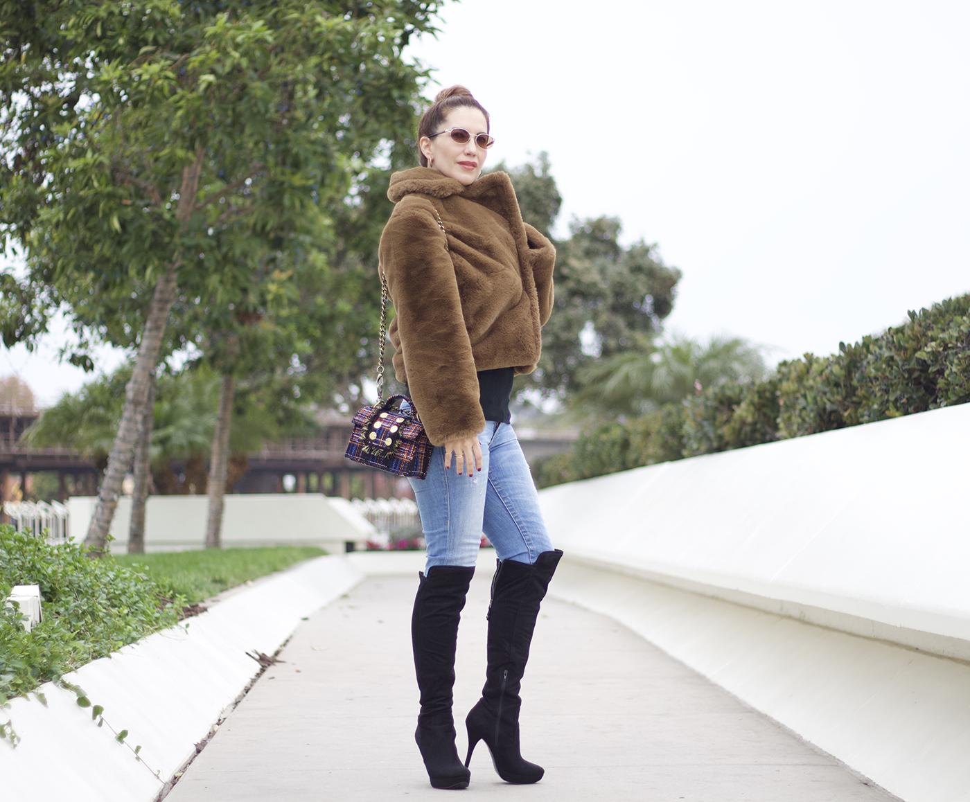 2 Ways To Wear A Faux Fur Coat   The