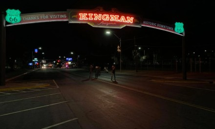Neon Added to Kingman Arch