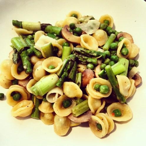 One Pot Asparagus Mushroom Pasta - The Beginner's Cookbook Recipe